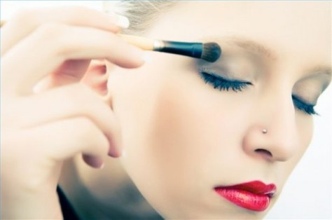 10-Best-Tips-For-Eye-Care-Use-Good-Quality-Makeup-For-Eyes-500x332