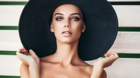Loreal-Paris-BMAG-Article-15-Summer-Makeup-Hacks-To-Get-You-Ready-For-The-Season-D