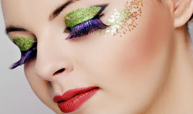 4 hot glitter makeup trends you can rock!