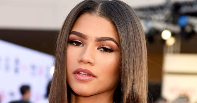 Let Zendaya Teach You How to Create Her Go-to No-Makeup Makeup Look